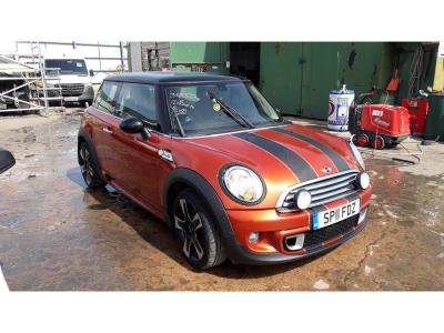 Image of 2011 MINI HATCH COOPER D 1598cc TURBO DIESEL MANUAL 6 Speed 3 DOOR HATCHBACK