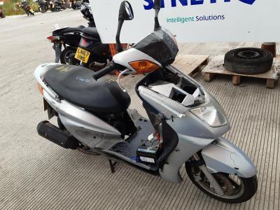 Image of 2005 YAMAHA NXC 125 CYGNUS X 124cc MOTORCYCLE
