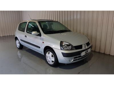 Image of 2002 Renault Clio Expression 1149cc Petrol Manual 5 Speed 3 Door Hatchback