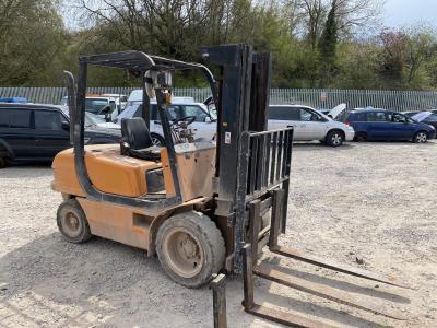 Image of 1999 Samsung SF 30 D Forklift