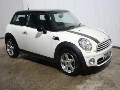 Image of 2009 MINI COOPER D 1560cc Diesel 6SPD MAN FWD HATCHBACK