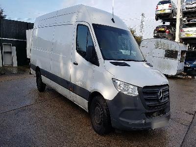 Image of 2018 Mercedes-Benz Sprinter RWD H2 L4 2143cc Turbo Diesel Manual 6 Speed Van