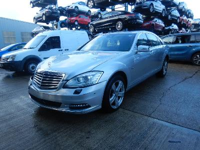 Image of 2011 Mercedes-Benz S Class S350L CDi BlueTec 2987cc Turbo Diesel Automatic 7 Speed 4 Door Saloon