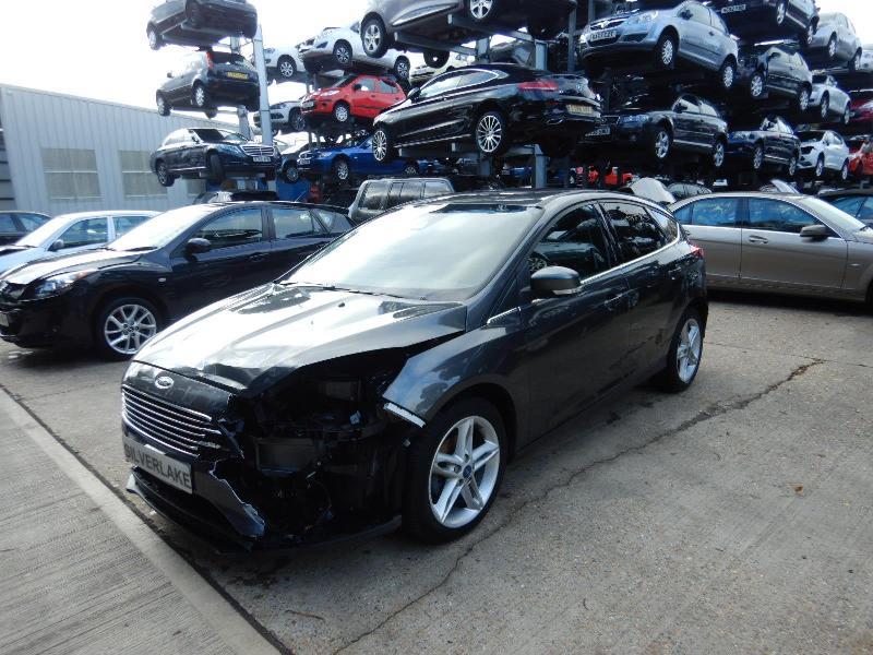 2017 Ford Focus Titanium EcoBoost 999cc Turbo Petrol Manual 6 Speed 5 Door Hatchback